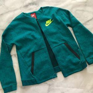 NWOT Girl's Nike Jacket